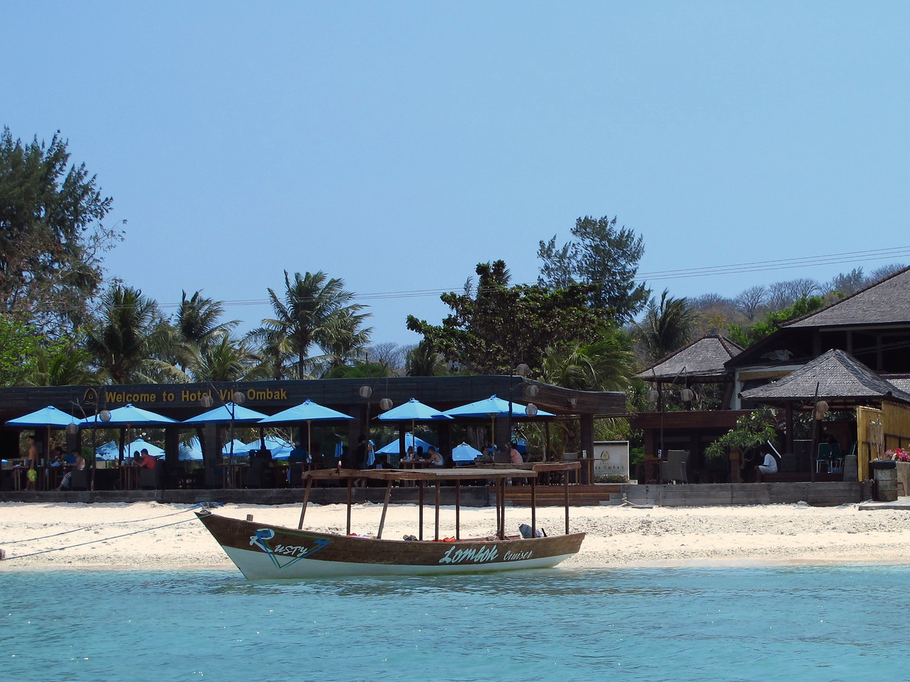 On Gili Trawangan (as well as the other two Gilis), there are no motorized vehicles. The main means of transportation are bicycles (rented by locals to tourists) and cidomo (a small horsedrawn carriage). For traveling to and from each of the Gilis, locals usually use motorized boats and speedboats