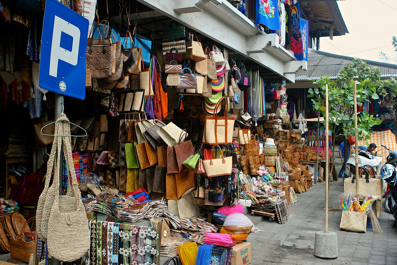 The main market in Ubud has just about everything you could want from decent souvenirs to the tackiest of items.